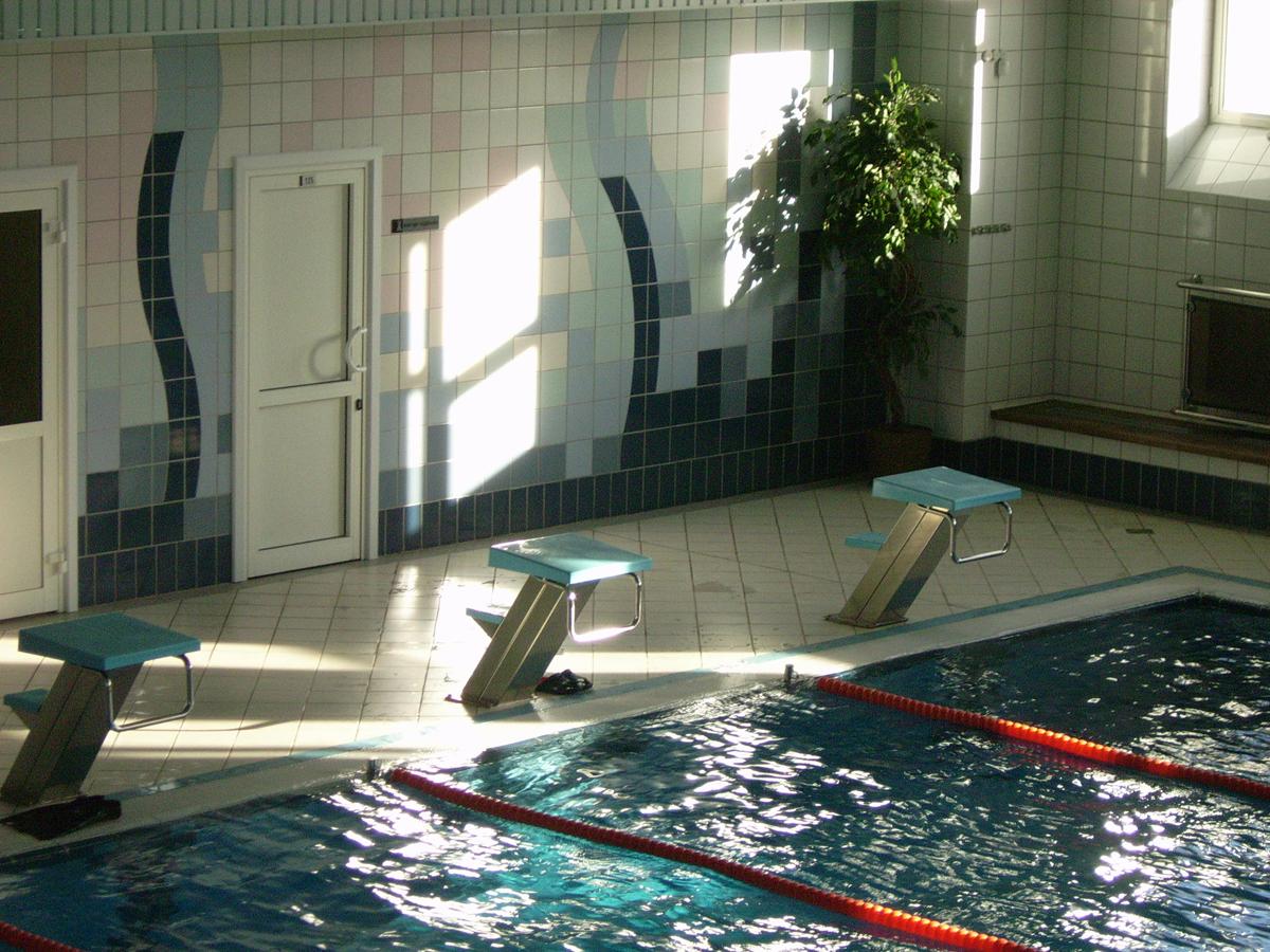 Раздевалка в бассейне 20 фотография