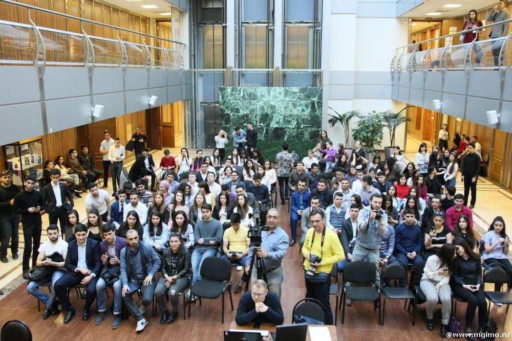 Голые студенты азербайджана действительно