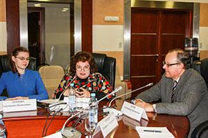 Круглый стол «БРИКС сегодня: поступательное развитие иновые вызовы вусловиях международной нестабильности»