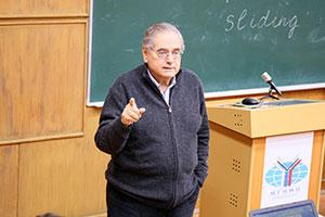 Профессор А.Андрианопулос окризисе Евросоюза